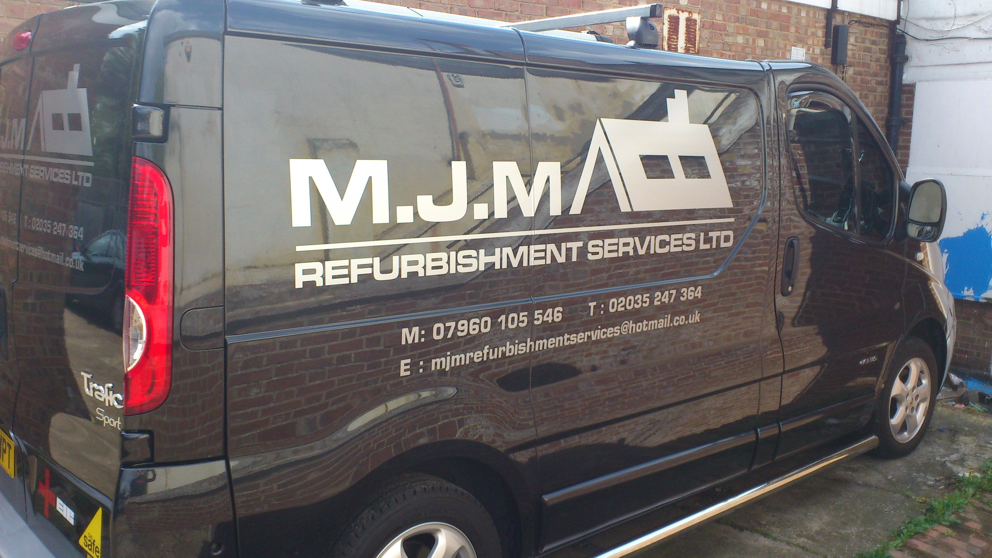 Custom Van Signs Stickers Graphics Sign Writing