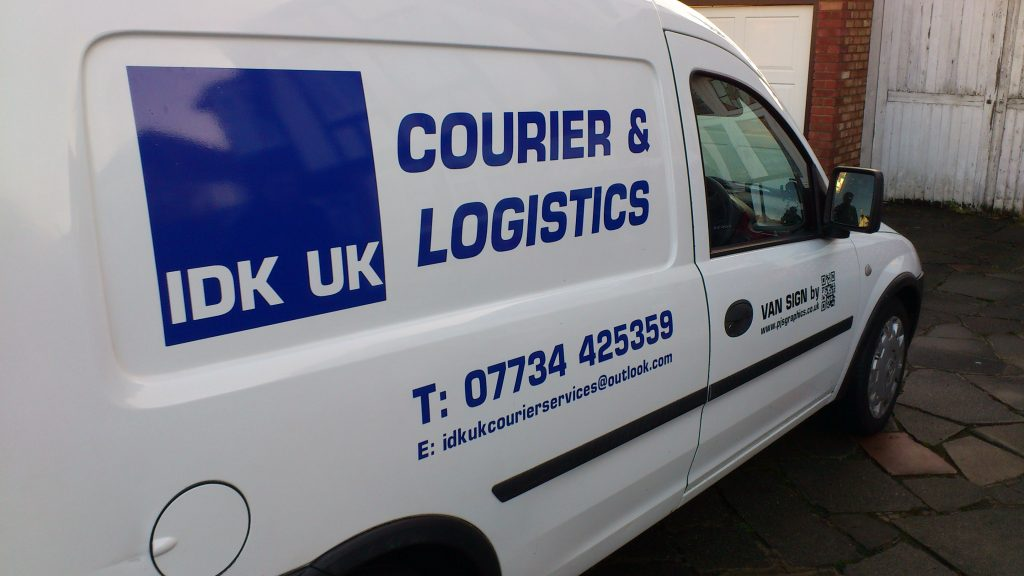 courior van sign